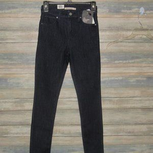 LEVIS 721 high rise skinny ankle size 26 jeans